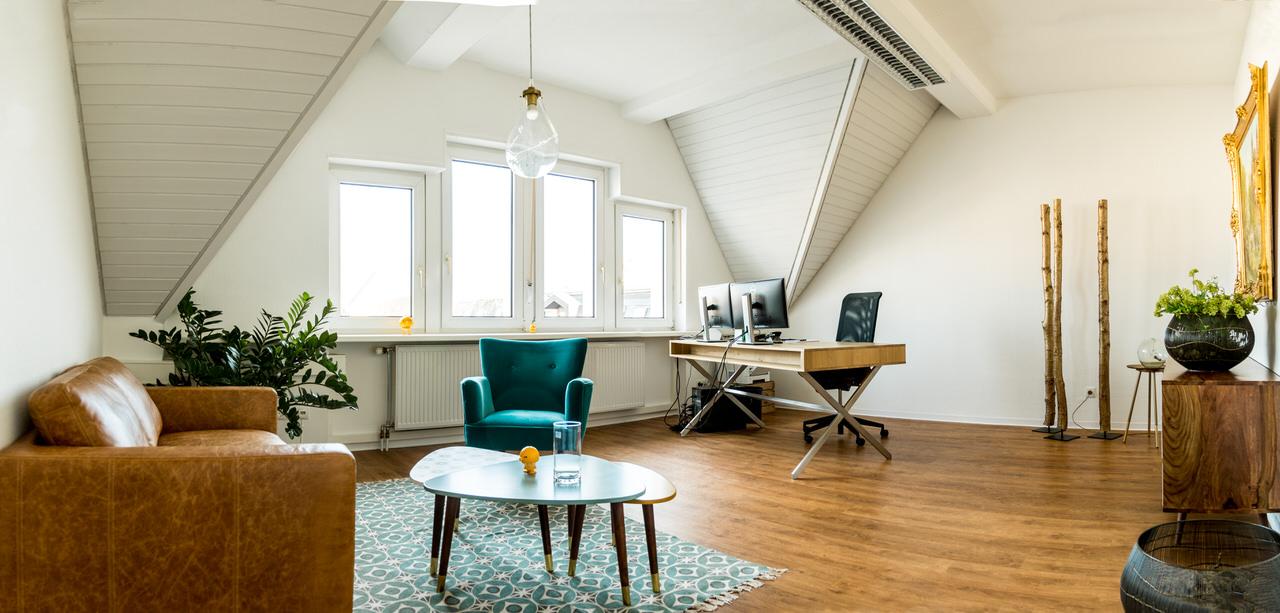 Büroraum von Timo Renner Geschäftsführer von FINANZRENNER